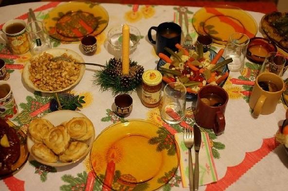 Бъдни вечер - традиции, вярвания и обичаи