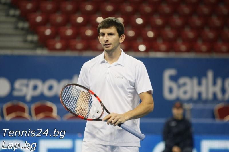 Александър Лазов отпадна на полуфинал